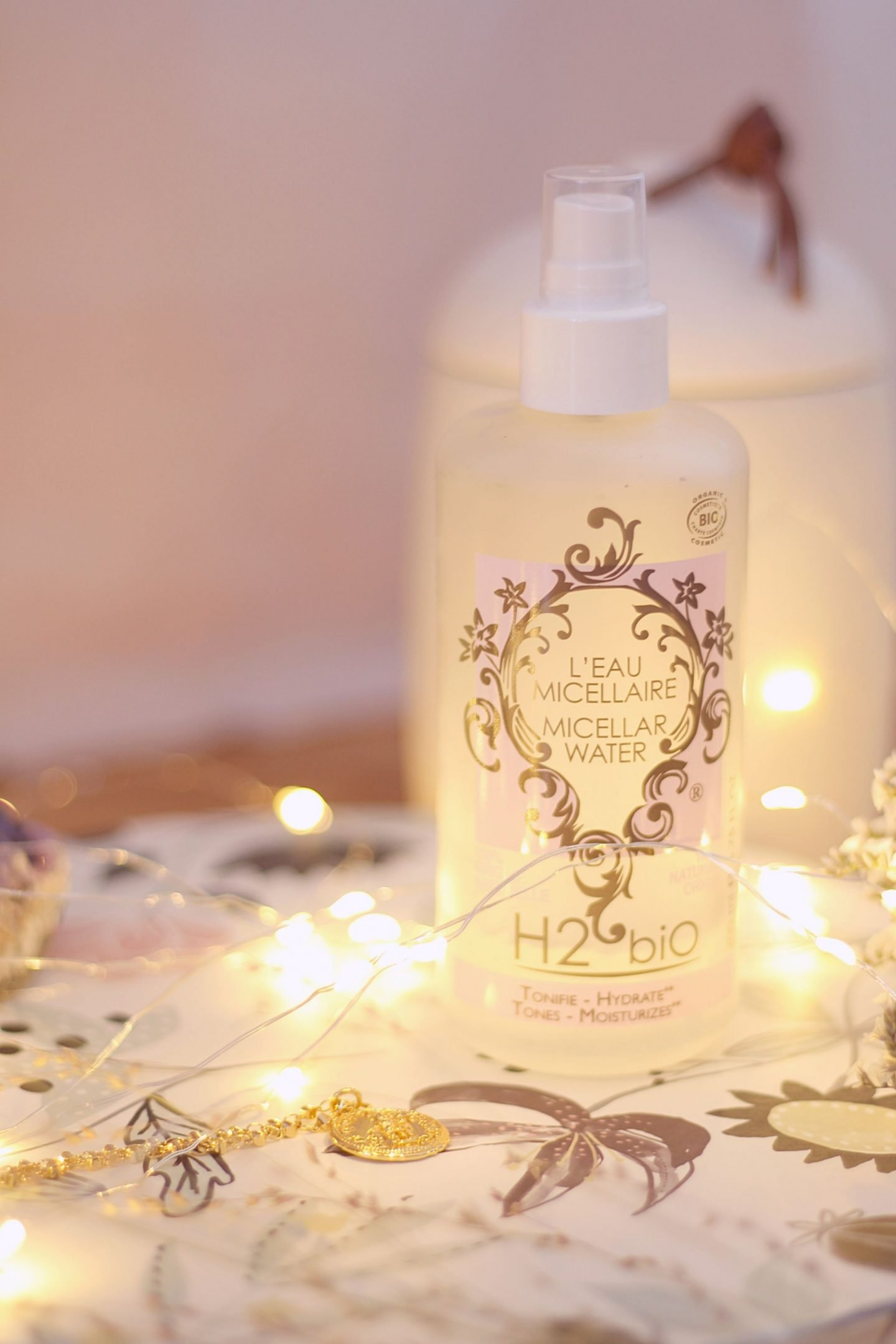 organic and green makeup cleanser