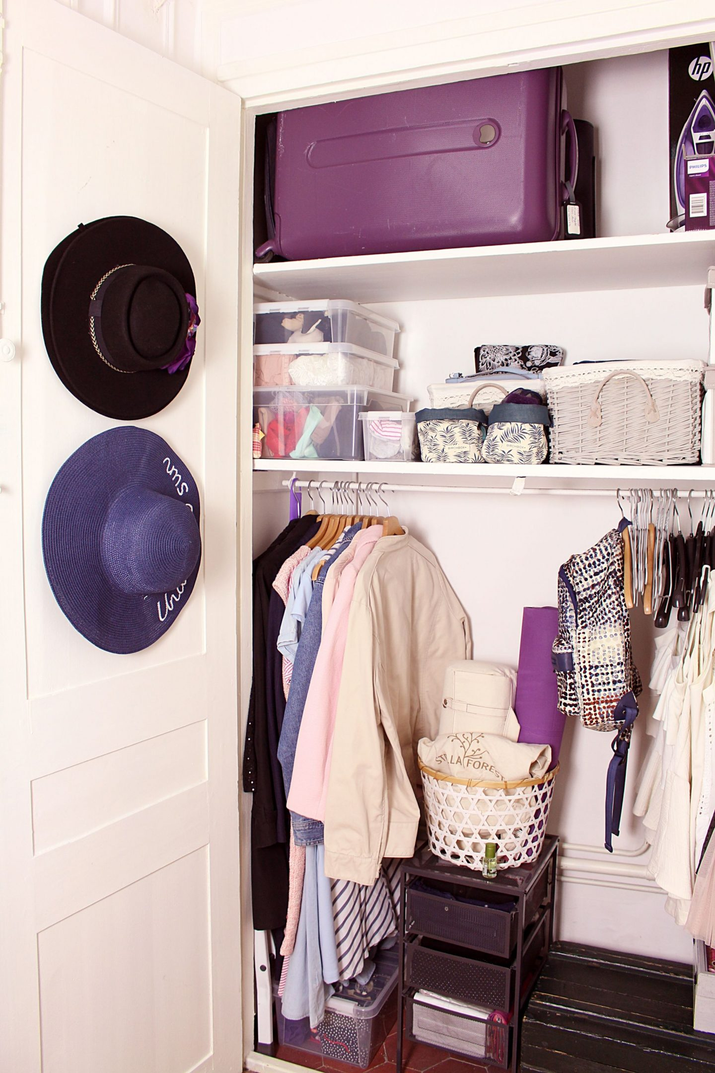 organizing a wardrobe