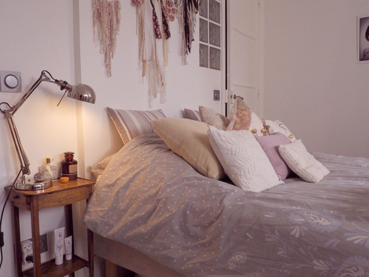 how to make a cozy bedroom