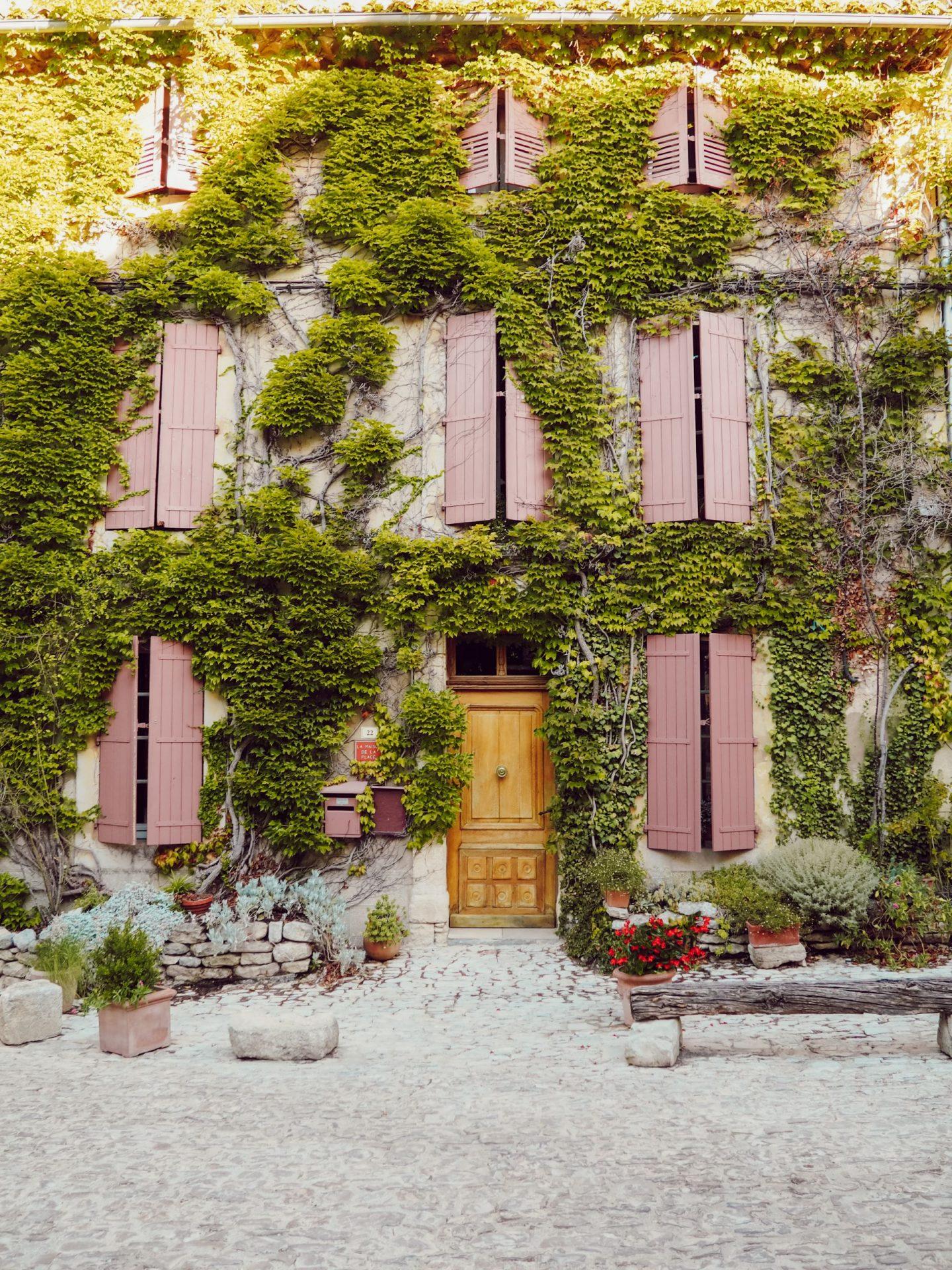 saignon holiday in provence